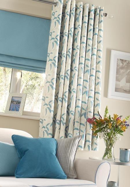 blue curtains - menara