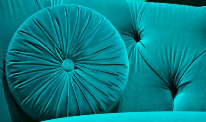 Freshly cleaned blue velvet sofa (1)